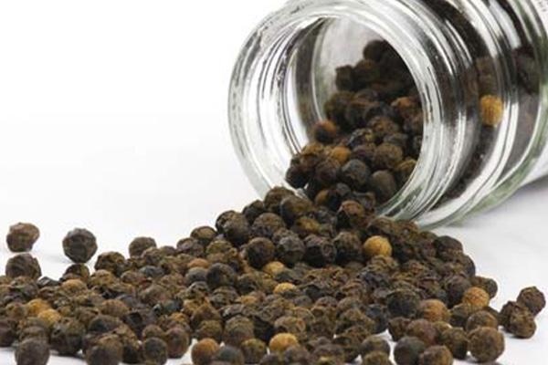 Полезные свойства черного перца