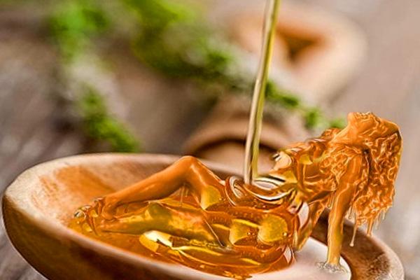 Замечательный афродизиак для мужчин - мед