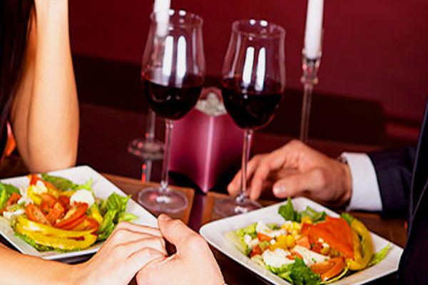 Сексуальный ужин с мужем