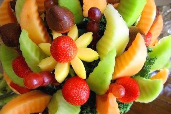 Оформление и сервировка фруктов на детский праздник