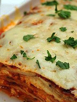 Блюдо для детей - запеканка со свиным фаршем