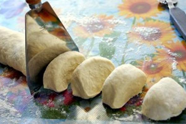Слоеное тесто для чебуреков
