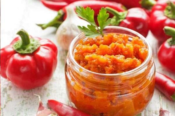 аджика из помидор на зиму простой рецепт