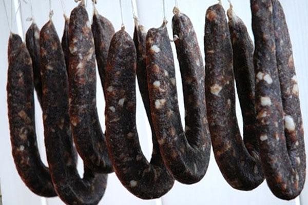 Вяление домашних колбас