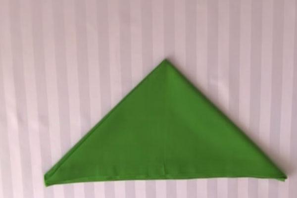 Розочка из тканевой салфетки