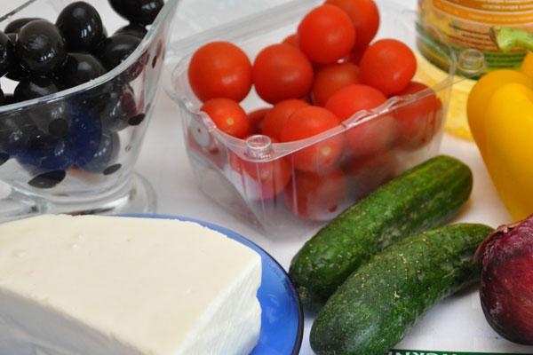 Что входит в классический греческий салат - ингредиенты