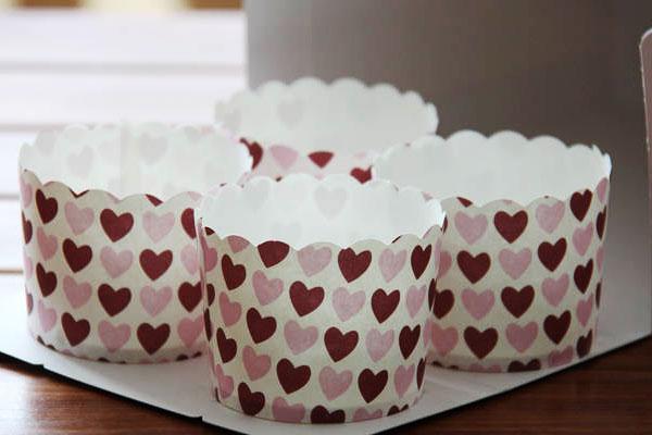 Бумажные капсулы для выпечки кексов