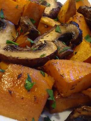 Картошка с грибами в мультиварке – рецепт классический
