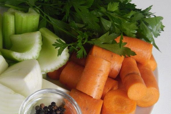 Ингредиенты для готовки ухи из стерляди