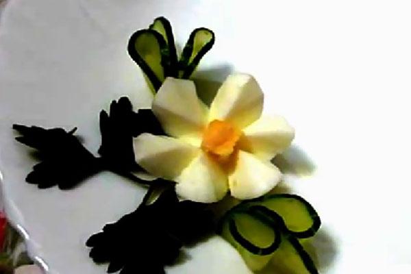 Цветок из яйца