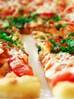Пицца на домашнем слоеном тесте