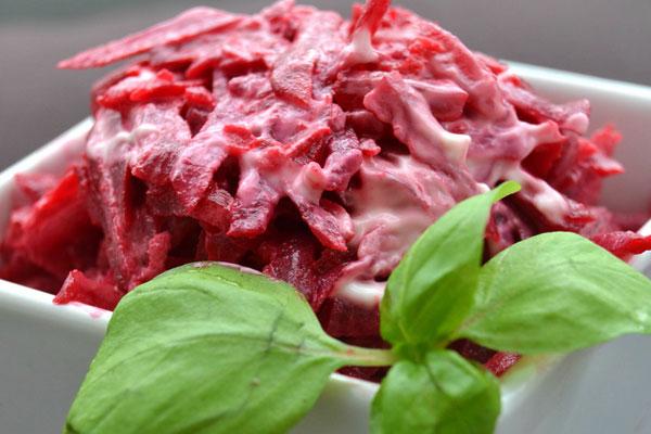 salat-svekla-s-chesnokom1