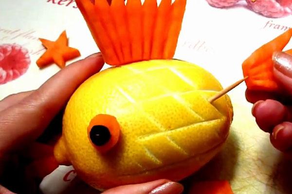 Как сделать рыбку из лимона