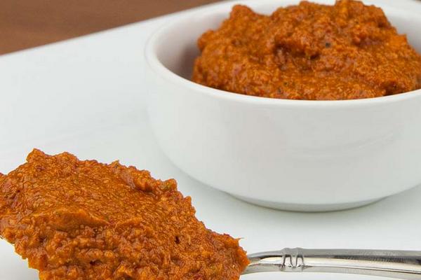 Готовим соус из индийской приправы карри
