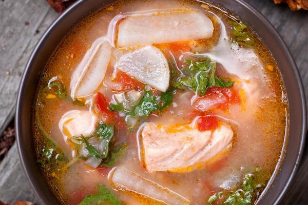 Луковый суп из семги