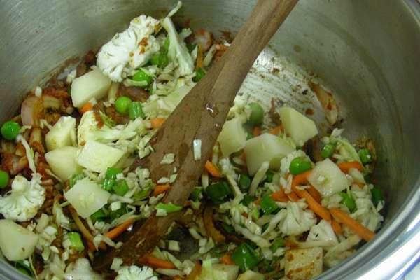 Рецепт рагу из овощей в мультиварке