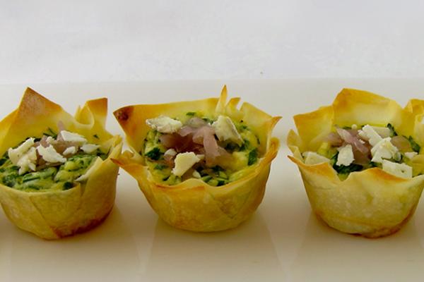 Как украсить салат оливье порционно