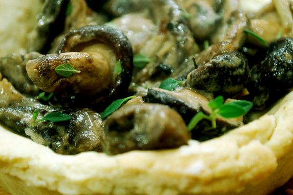 Вариант тарталеток с маринованными грибами