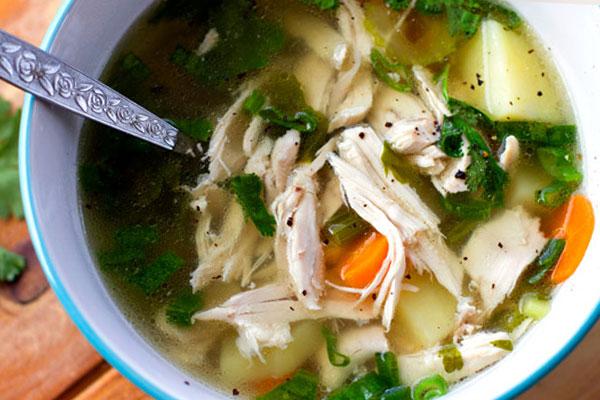 Низкокалорийный куриный суп