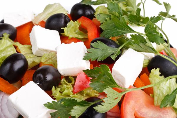 grecheskij-salat-s-sirtaki1