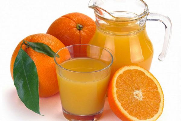 Как правильно употреблять апельсиновый сок