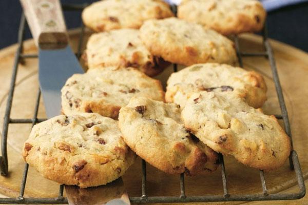 Домашняя выпечка - печенье из орехов и бананов