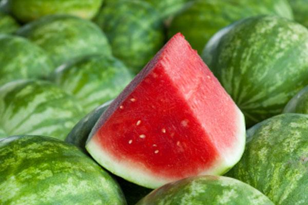 Как правильно кушать арбуз