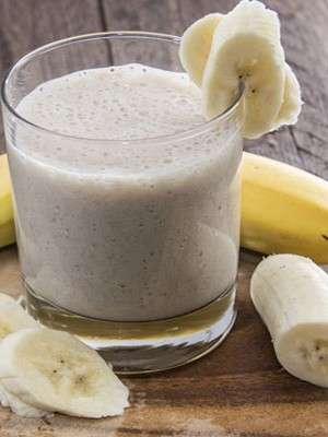 Смузи из банана с творогом классический
