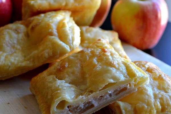 Пирог с яблоками из лаваша в мультиварке