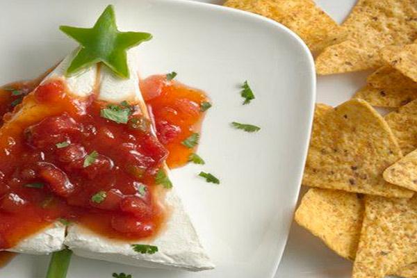 Новогодние бутерброды с паштетом из фасоли