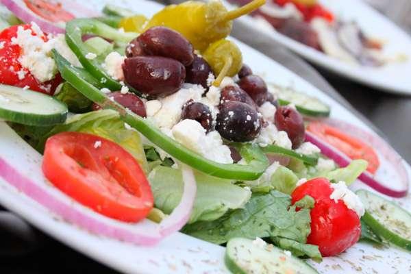 Рецепт салата с грибами «Новогодняя поляна»