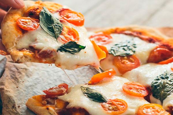 Как приготовить пиццу из толстого лаваша с морепродуктами