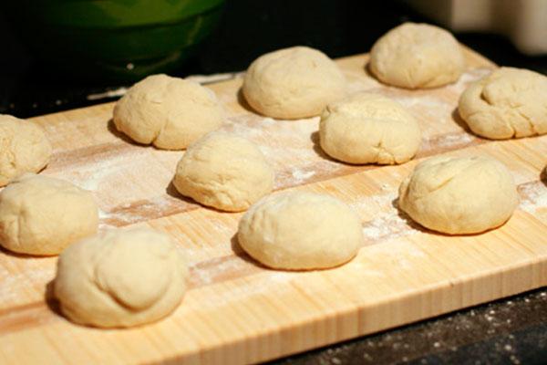 Тесто для лаваша в хлебопечке на сметане