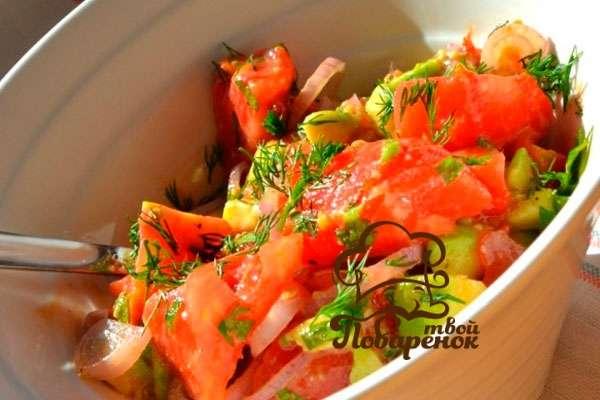salat-iz-svezhix-ogurcov-i-rediski.jpg2