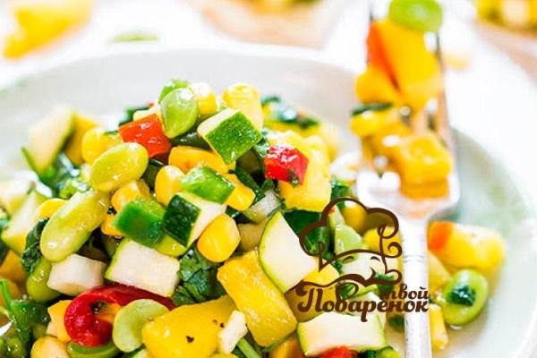 Как сделать салат из кабачков с ананасом