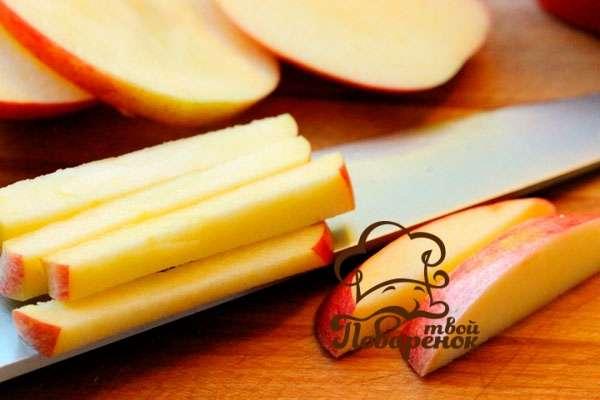 Как приготовить салат с яблоками по-французски