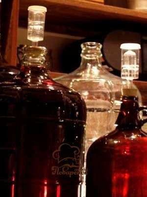 Простой рецепт домашнего вина из вишнёвых ягод