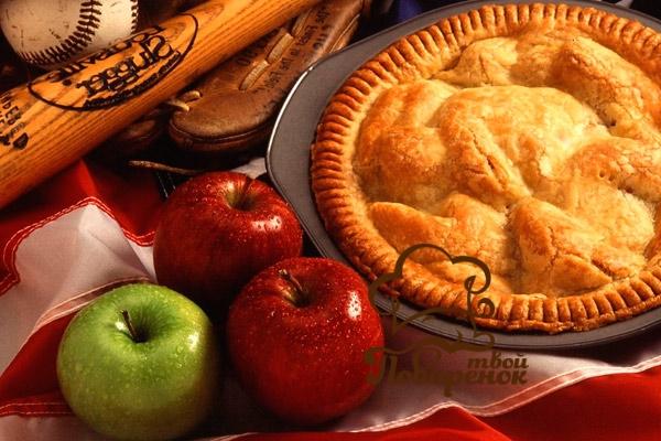 Традиционная шарлотка с яблоками своими руками