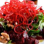 Французский салат со свеклой