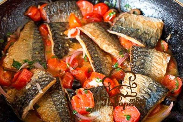 Как правильно тушить рыбу на сковороде