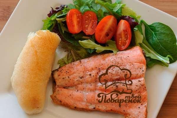 Рецепт салата лагуна с красной рыбой