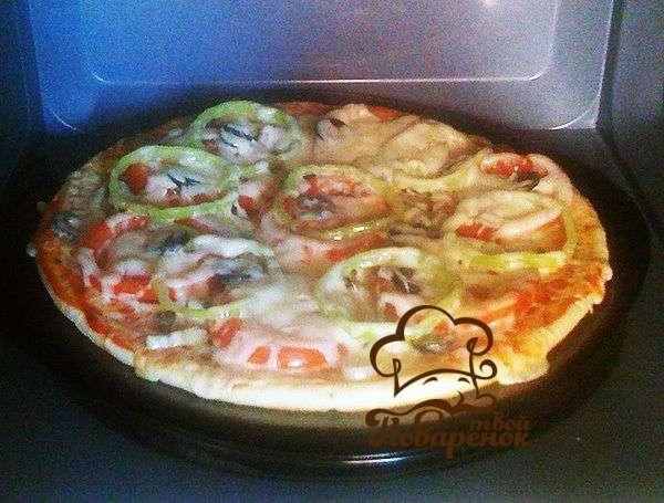 Пицца из тонкого лаваша в духовке