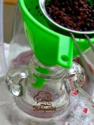 Вино из замороженных ягод в домашних условиях - пошаговый рецепт