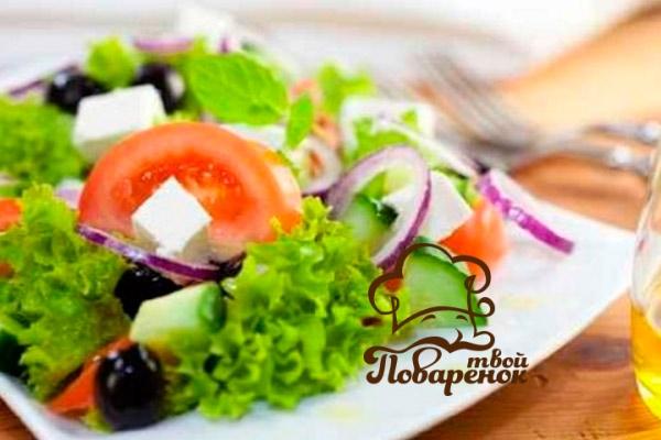 Как приготовить новогодний греческий салат