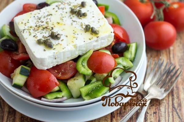 http://tvoi-povarenok.ru/istoriya-grecheskogo-salata.html