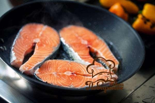 Как пожарить форель на сковороде вкусно