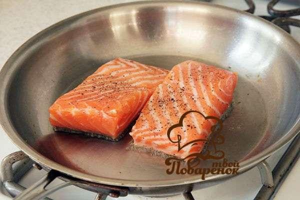 стейк горбуши на сковороде рецепт с фото