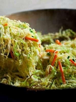 Как потушить капусту на сковороде без мяса - классический рецепт