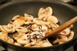 Сколько жарить грибы на сковороде по времени