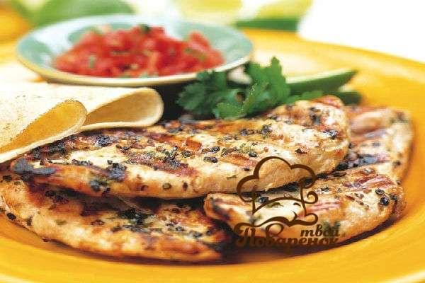 Как пожарить куриное филе на сковороде вкусно рецепт с